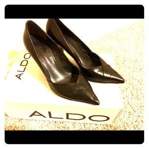 Classy ALDO black pumps